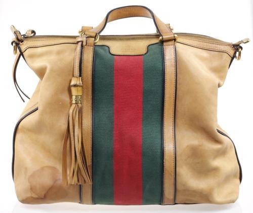 Przed renowacją beżowej torebki Gucci
